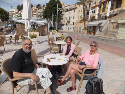 Vid lunch kom även den värmande solen till Port de Soller
